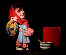 Miriam Lambert Puppeteer Presents The Gingerbread Man